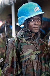 9_African-Female-Peacekeeper-UN_06Dec13
